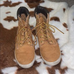 Timberland brown sneakers boots.